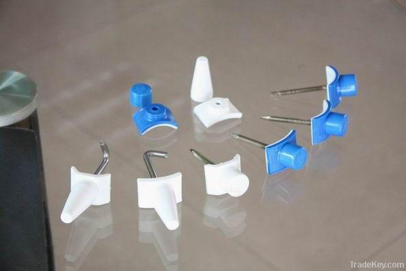 Assembling accessories