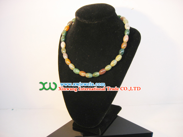 Gemstone: Necklace, Finger Ring, Bracelets, Brooches, Eardrops, Earring, Jewels