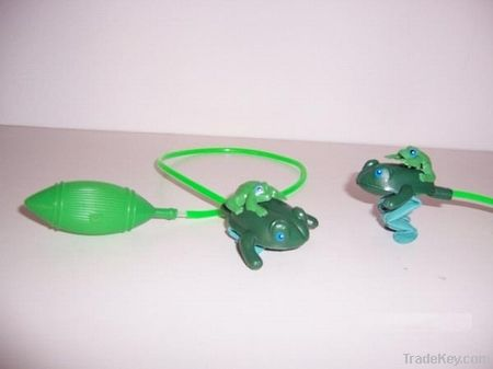 PLASTIC JUMPING FROG