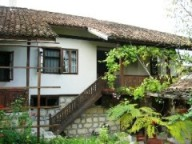 Family house with Tavern, 1km from Danube river
