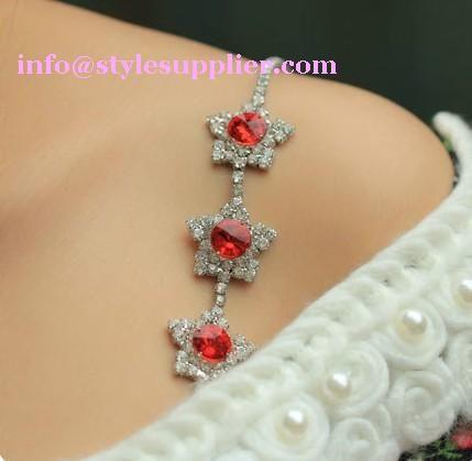 Three star crystal bra straps usd3.50