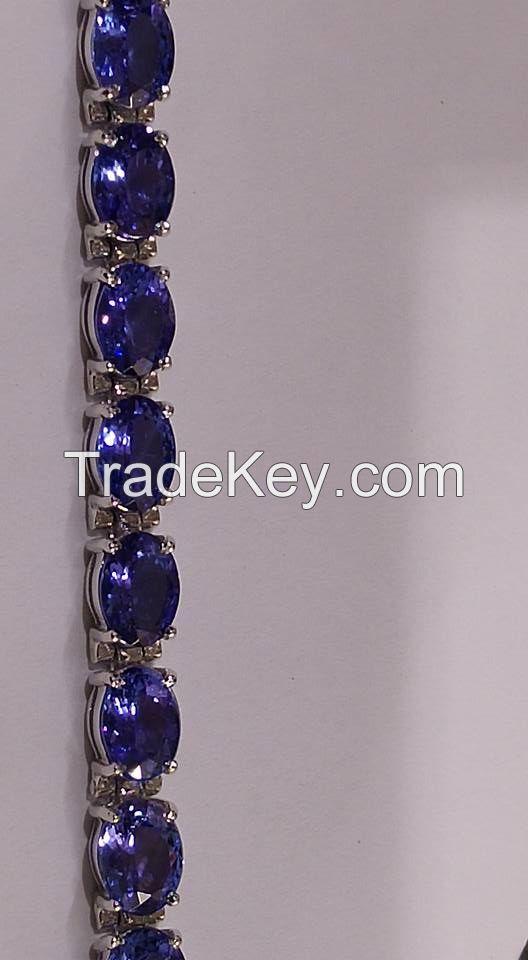 AAAA Graded Tanzanite Gold Bracelet