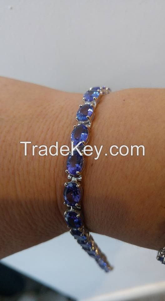 AAAA Graded Tanzanite Gold Bracelet