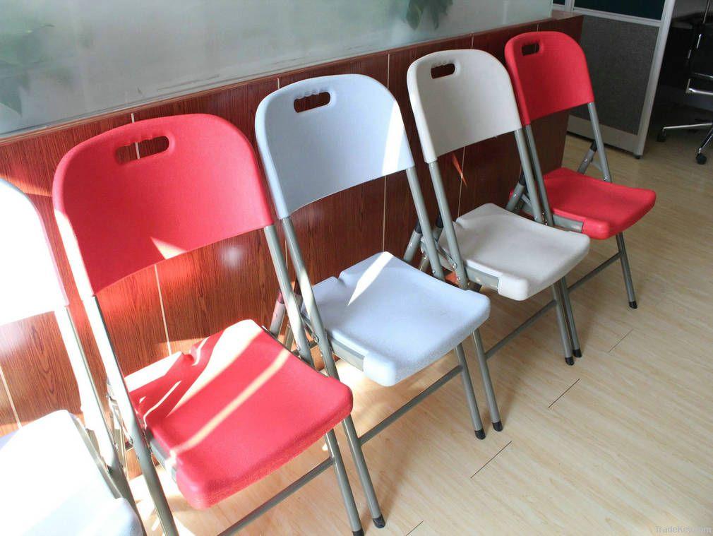 POPULAR FOLDING CHAIR  IN PLASTIC FOR OUTDOOR AND INDOOR ACTIVITIES