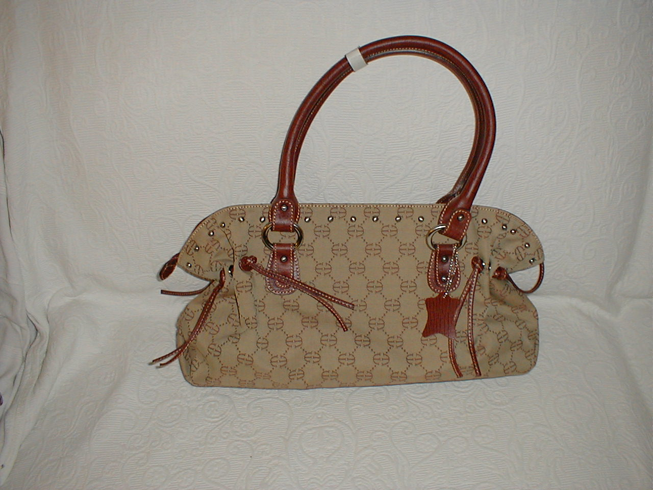 High Quality Synthetic handbags, Made in Italy