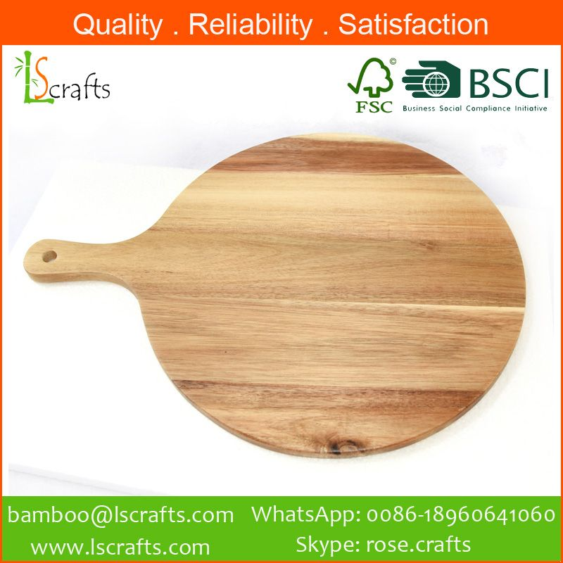 High quality Acacia Wooden Racket Cutting Board from Chinese manufacturer
