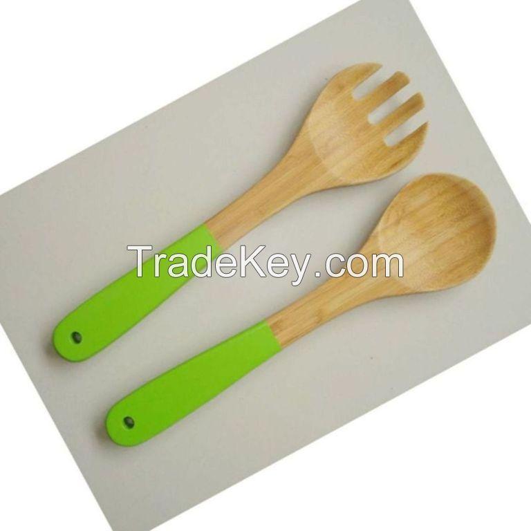 Eco-Friendly Bamboo Salad Server