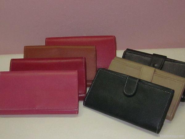 Genuine Leather Ladies Wallets
