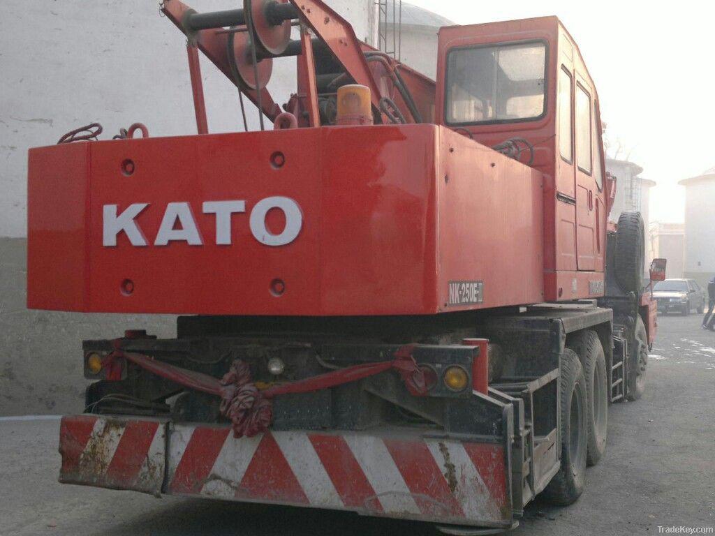 Kato Hydraulic Truck Crane