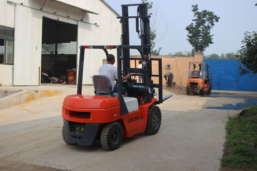 forklifts for SXMW CPCD30