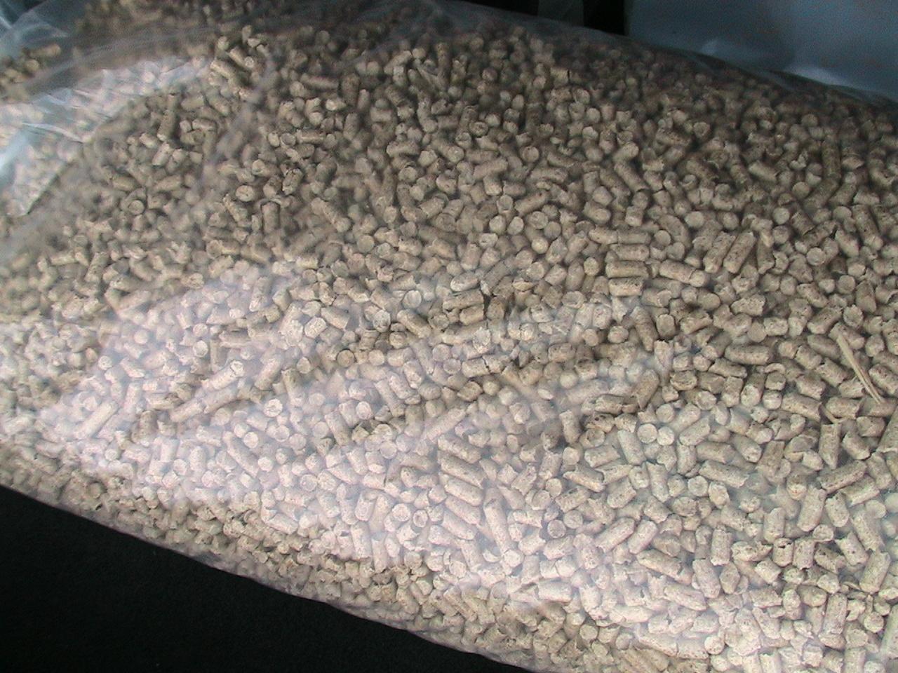 Pine Wood 6mm Pellets,wood pellet suppliers,wood pellet exporters,wood pellet traders,wood pellet buyers,wood pellet wholesalers,low price wood pellet,