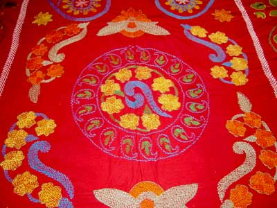 Hand Stitched Decoratiave Embroidery Bed Spread and Quilt