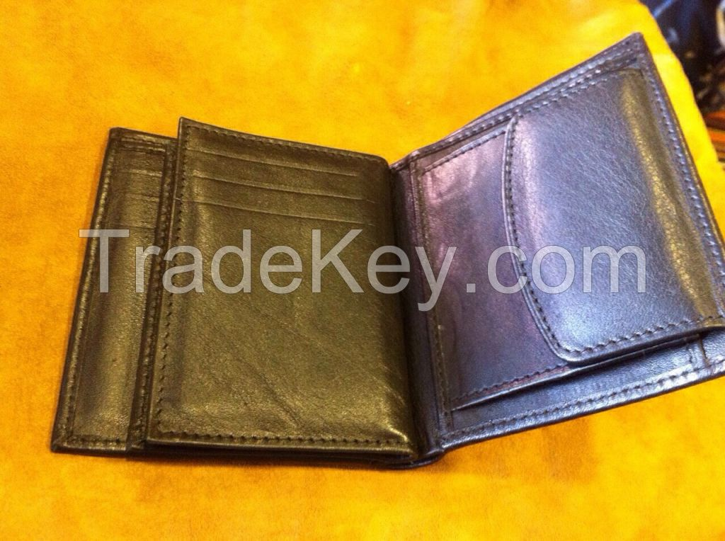 100 % Leather wallets