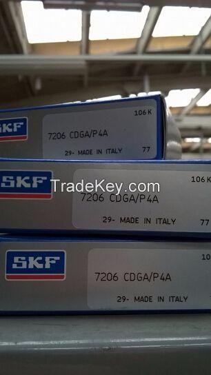 Super precision angular contact ball bearing 7206 CDGA/P4A SKF