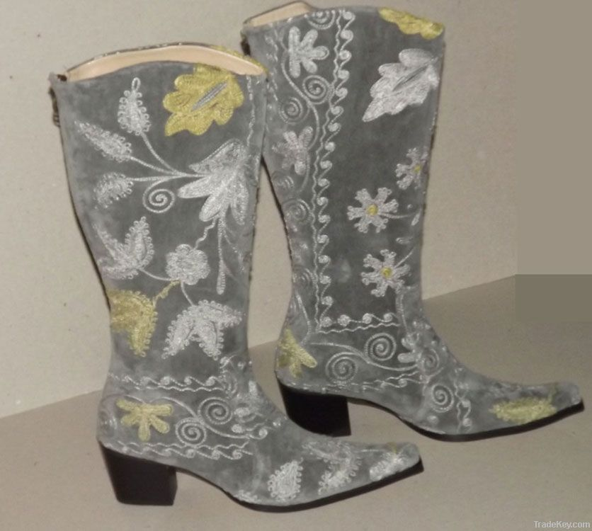 Suzani Embroidery Boots