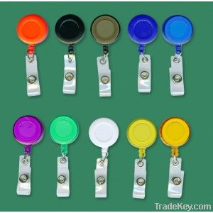 Retractable badge holder with clear vinyl strip