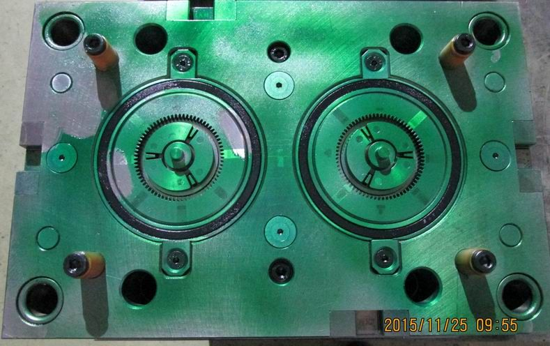 HIGH PRECISE AND HIGH QUALITY INJECTION PLASTIC MOULD