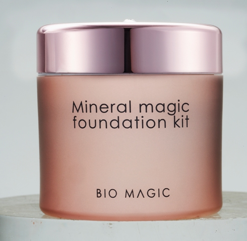 Bio Magic Mineral Foundation kit