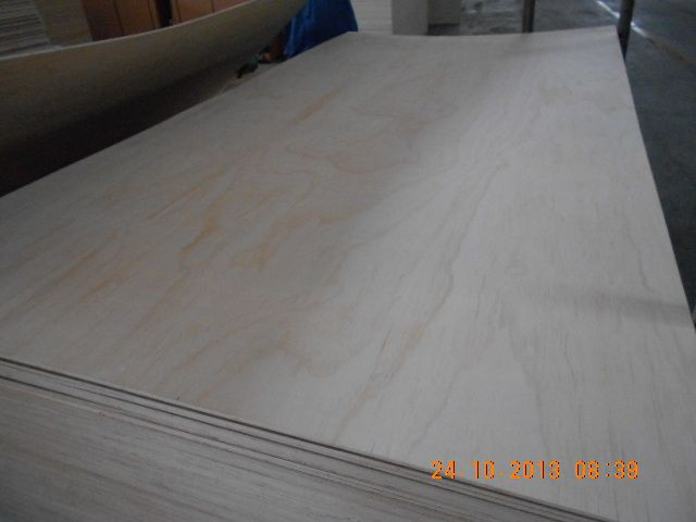 Pine Plywood best quality by prime fortune