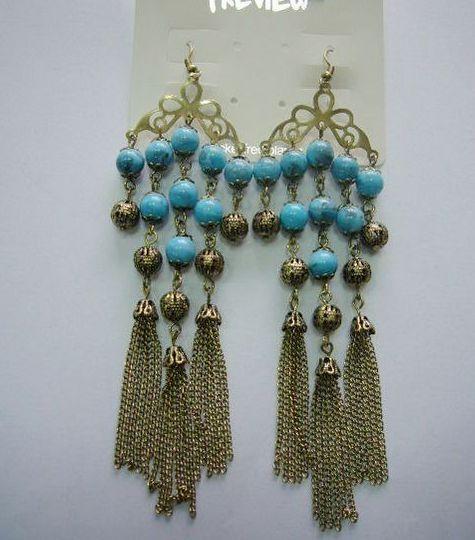 fashion earrings with tassels