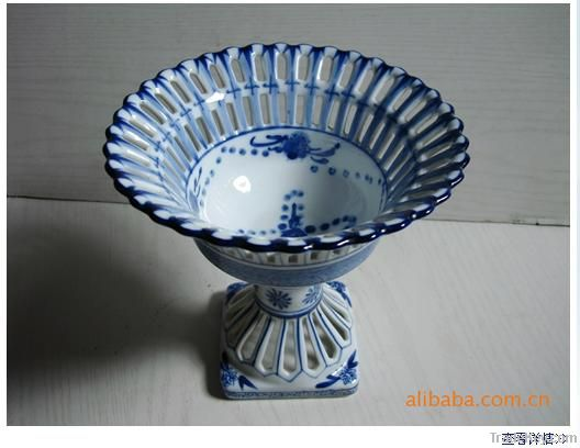 Blue and white porcelain, Chinese ceramics, sculpture, fruit plate, lu