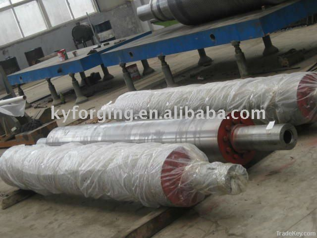 Roller for pattern glass rolling