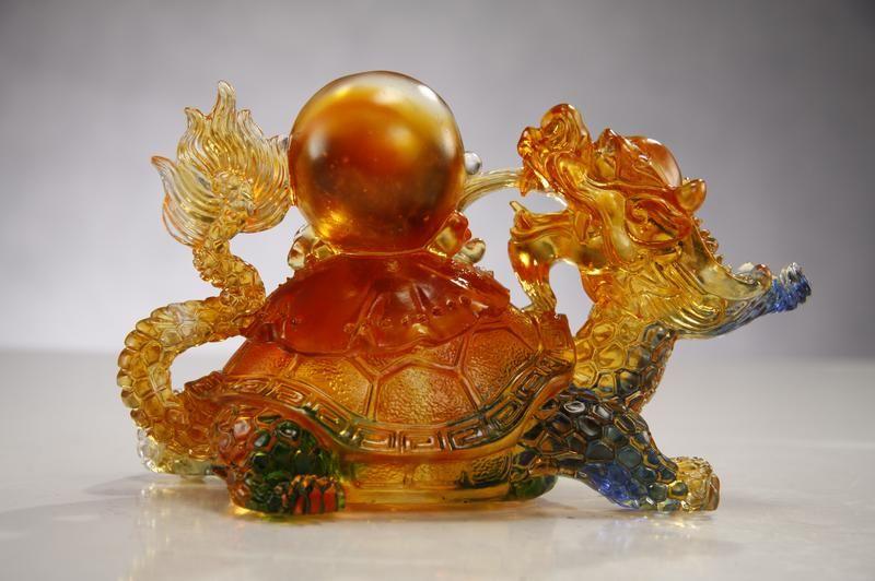 LIU LI crystal Dragon statue