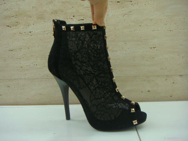 Women Ankle Boot01