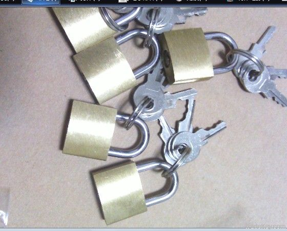 20mm brass padlock