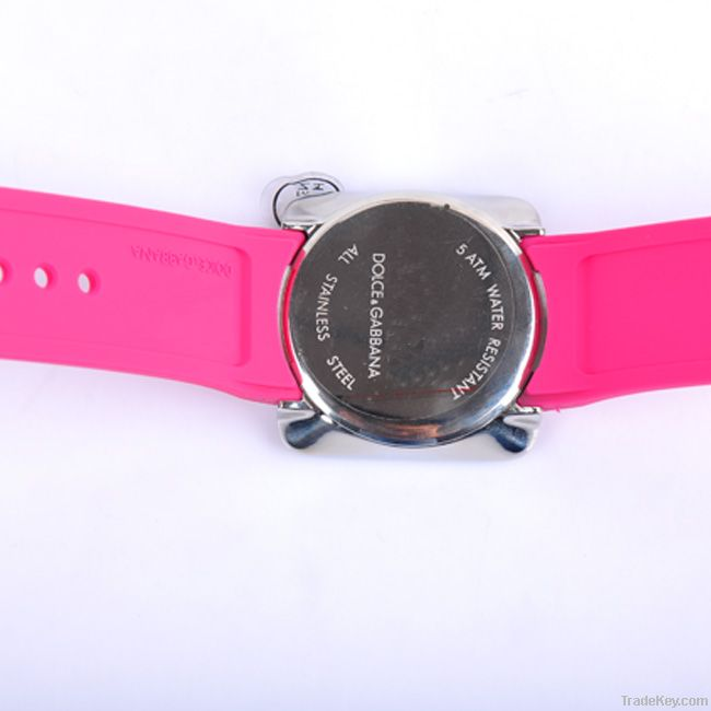 The newest  Fashion touch screen watch