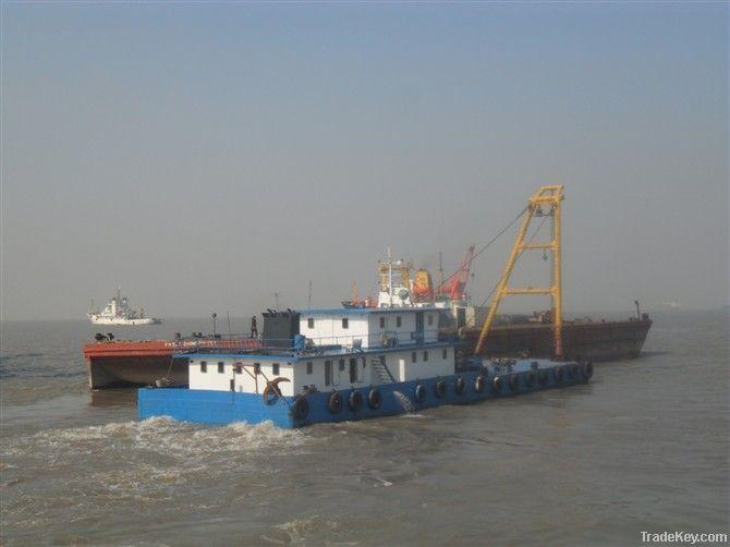5800 DWT Barge - Nov/1981 JPN