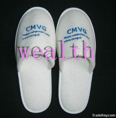 Promotional velour white hotel slipper with customized logo