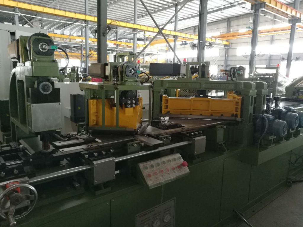 CNC Cut to length line machine