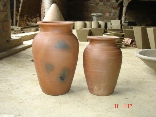 Earthen Garden Pot