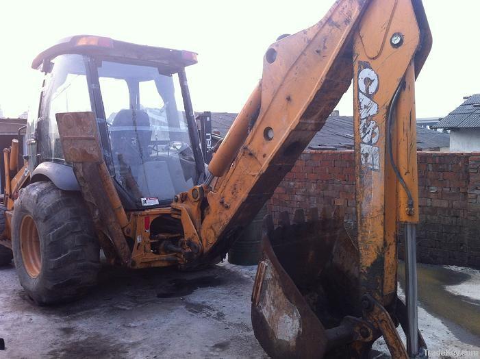 Used CASE  loader-digger 590SM