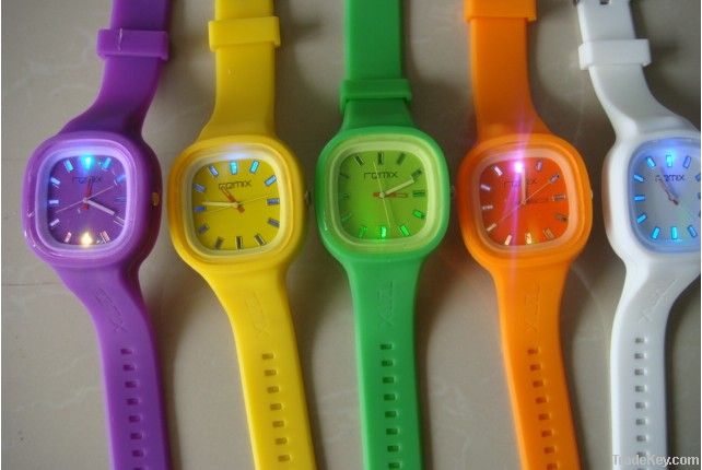 2013 waterproof silicone sport ion watch