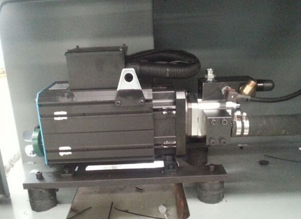LTY-15000 servo plastic injection molding machine