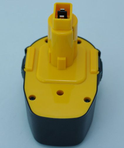 DEWALT 14.4v NI-CD/NI-MH rechargeable replacement battery pack