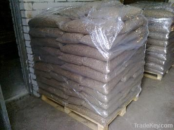 Spruce, Pine Beech and Din+ Wood Pellets Ready