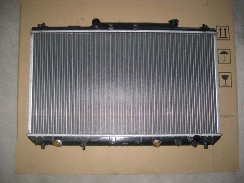 Export  31 Country Auto Car Radiator