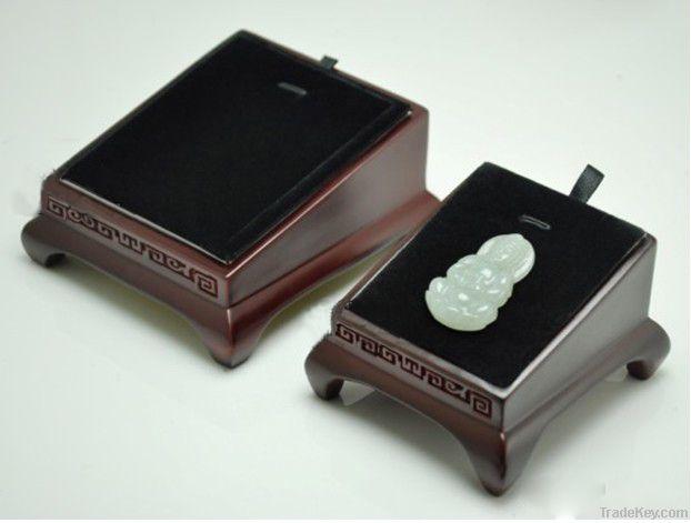 jewellery stand