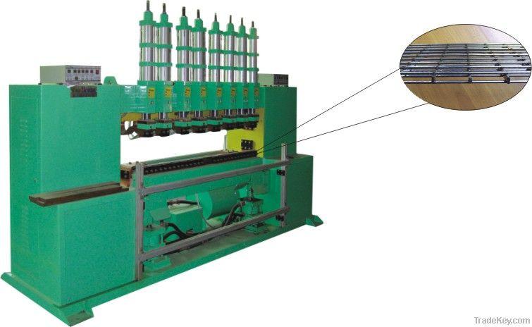 Grantry mutil-spot welding machine