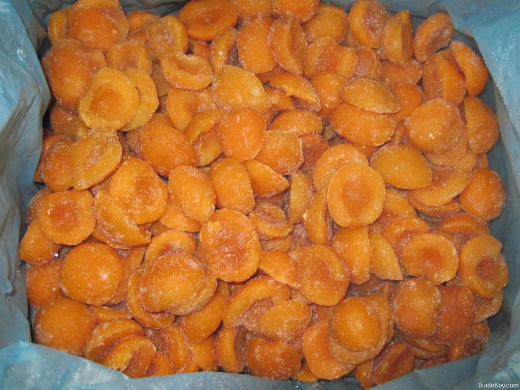 IQF Apricot Halves/ Apricot Peeled Halves/ Frozen Apricot Halves/  New Crop Apricot Halves