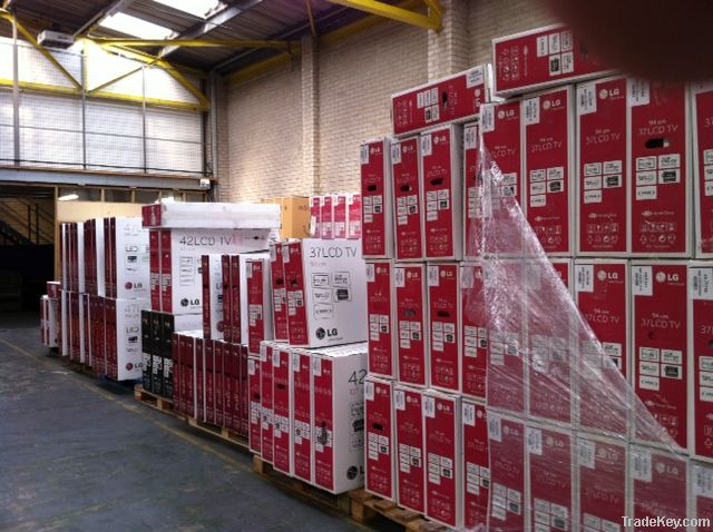 MIXED SHIPMENT OF LCD TELEVISONS INCLUDING 3D TVS