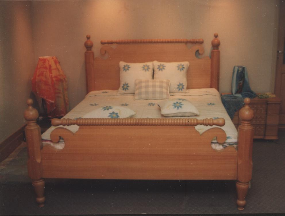 Royale Solid Wood Bed