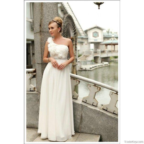 Hot sale white charming wedding dress
