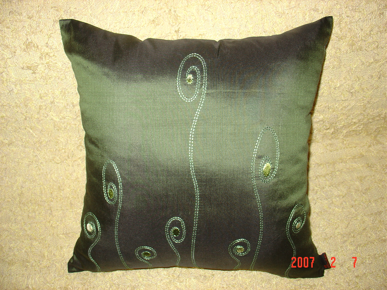 Taffeta Cushion Cover