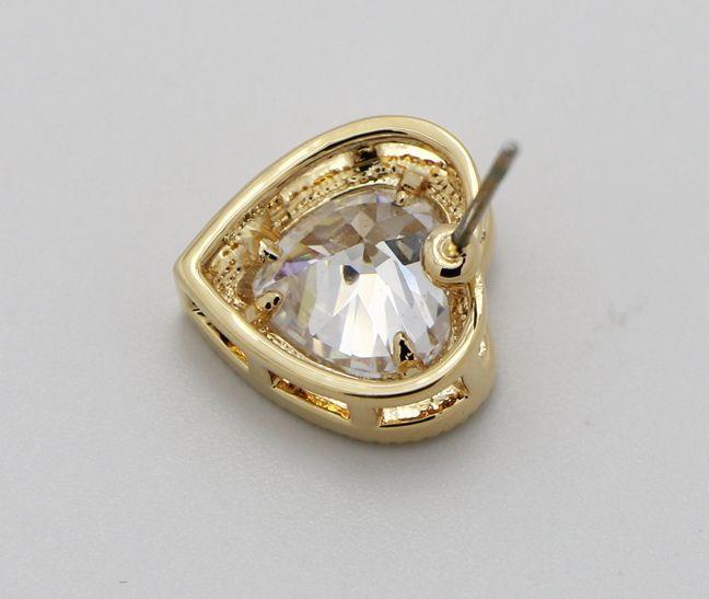 Beautiful Shiny Heart Shape Crystal Embedded Rhinestones Edge Stud Earrings