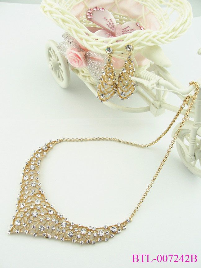 Luxury Golden Crystal Wedding Jewelry Set Wholesale