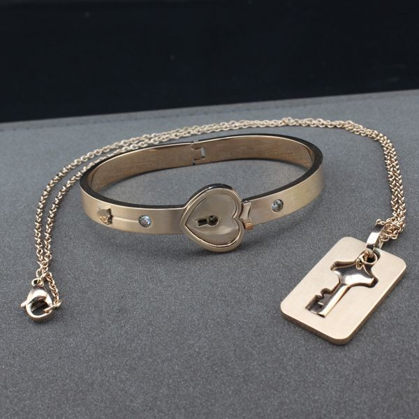Fashion  stainless steel cuff bangle jewelry for men and women  animal bangle style